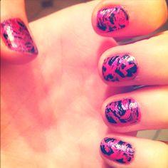 Crackle nails!!