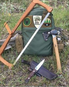 Camping Survival, Survival Kit, Camping Gear, Outdoor Camping, Backpacking, Bushcraft Backpack, Bushcraft Kit, How To Defend Yourself, Fishing Boats
