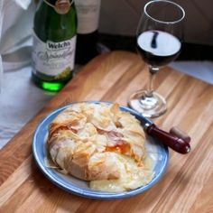 Make this baked brie with apricot jam and phyllo dough for a popular and delicious appetizer.