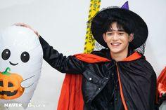 Nct 127, Nike Jacket, Rain Jacket, Fandom, Lucas Nct, Korean Name, Halloween 2020, Happy Halloween, Trending Topics