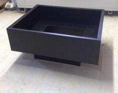 konferenčný stolík so sklom_glass coffee table