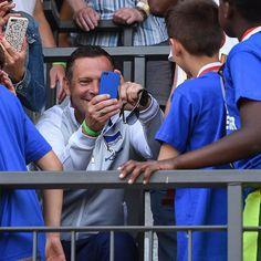 Stolzer #Papa! Wenn der Sohn Berliner #Pokalsieger wird ist das schon ein #Erinnerungsfoto wert  #BerlinerPokalsieger #hahohe