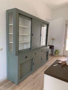 Modern Interior, Interior Design, Diy Barn Door, Cabin Homes, New Living Room, Armoire, China Cabinet, Interior Inspiration, Sweet Home