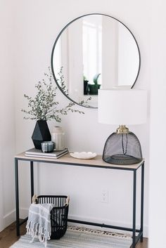 67 Best Entry Table Decor Ideas: Cute Foyer Entrance Tables Guide) When de. 67 Best Entry Table Decor Ideas: Cute Foyer Entrance Tables Guide) When decorating a new home Foyer Decorating, Decorating Blogs, Decorating Games, Interior Decorating, Unique Home Decor, Cheap Home Decor, Home Decoration, Decor Room, Living Room Decor