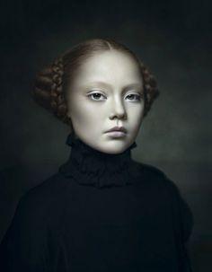 Portrait Photography by Desiree Dolron Fine Art Photography, Portrait Photography, Artistic Photography, Kreative Portraits, 3 4 Face, Viviane Sassen, Old Master, Portrait Inspiration, Oeuvre D'art