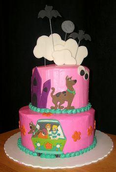 Pink Scooby Doo cake