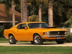 1970 Ford Mustang Boss 429 http://carswithmuscles.com/1970-ford-mustang-boss-429-engine-specs-photos/