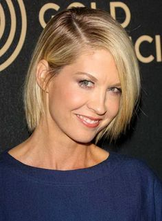 Jenna-Elfman-Blonde-Straight-Fine-Hair Best Short Haircuts for Straight Fine Hai. - Short Hairstyles and Short Haircuts for Haircuts For Straight Fine Hair, Thin Straight Hair, Bob Haircut For Fine Hair, Thin Hair Cuts, Blonde Bob Hairstyles, Bob Hairstyles For Fine Hair, Haircuts For Fine Hair, Best Short Haircuts, Short Hair Cuts For Women