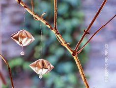Baumschmuck aus Teelichthülsen inklusive Anleitung / Ornaments made of tea candle shells including tutorial / Upcycling