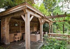 Geweldige veranda! Eiken balken en massieve planken verkrijgbaar bij Hout en Steen.  nl