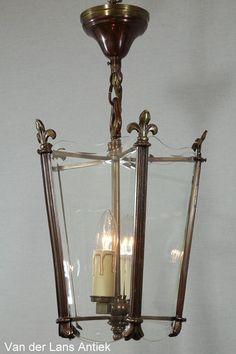 Antieke lantaarn 25857 bij Van der Lans Antiek. Meer antieke lampen op www.lansantiek.com