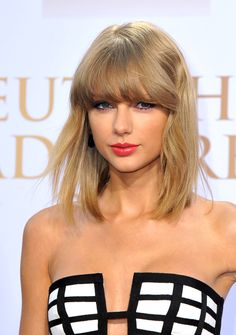 Taylor Swift German Radio Awards, loved this look so much!