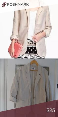 """Old Navy Linen Style Blazer Ivory Medium This blazer is brand new without tags and is 55% Linen and 45% polyester.  Measures 22"""" from underarm to underarm. Feel free to ask any questions. Old Navy Jackets & Coats Blazers"""