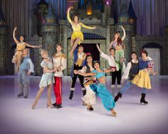 Disney On Ice viert 100 Years of Magic nieuws kaartverkoop gestart ijsshow RAI Amsterdam Jaarbeurs Utrecht Minnie Mouse Donald Duck Goofy ensemble Disney prinsessen Assepoester Rapunzel Ariël Sneeuwwitje Tiana publiek optreden Frozen universum Anna Elsa bergavonturier Kristoff sneeuwman Olaf animatiefilm Disney Pixar's Finding Nemo Disney's Aladdin Beauty and the Beast familie herinneringen team kunstschaatsers meesterwerken decors Disney-fan informatie ticketverkoop