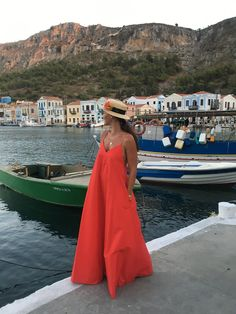 No summer is the same without some Greek island hopping! Vacation Style, Vacation Outfits, Chic Outfits, Fashion Outfits, 80s Fashion, Runway Fashion, Fashion Trends, Cute Summer Outfits, Summer Dresses