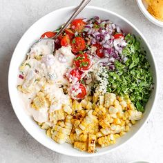 This delicious healthy side dish is made with grilled corn, fresh veggies, and the most delicious cotija yogurt sauce. Corn Recipes, Salad Recipes, Mexican Recipes, Chicken Recipes, Healthy Side Dishes, Healthy Dinner Recipes, Vegetarian Recipes, Easy Summer Salads, Summer Dishes