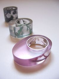 Jewellery by the contemporary jewellery designer AMY McCOLL Gems Jewelry, Resin Jewelry, Jewelry Art, Jewelry Design, Silver Jewelry, Contemporary Jewellery Designers, Unusual Rings, How To Make Rings, Mixed Media Jewelry