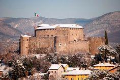 Castello di Gorizia, Friuli-Venezia Giulia, Italy. 45°56′06.72″N 13°37′09.48″E