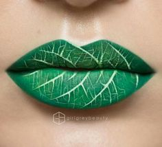 Love this, especially if I were Poison Ivy for Halloween