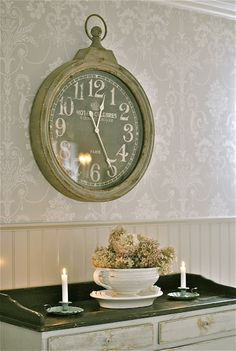 I have this clock! But mines old world map inside :) Swedish Decor, Clock Decor, Wall Clocks, Old World Maps, So Little Time, Shades Of Green, Country Decor, My Room, Home Furnishings