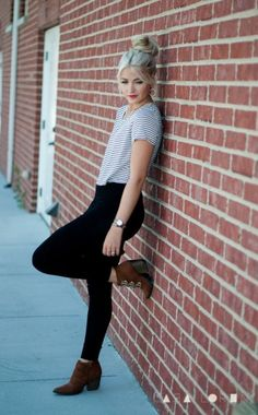 Simple and Stylish Outfits with Top Bun0111