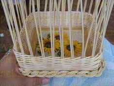ZAVÍRKA MIRAHELKA – pletynek – album na Rajčeti Laundry Basket, Wicker Baskets, Apples, Home Decor, Crochet Tablecloth, Towels, Hampers, Decoration Home, Room Decor