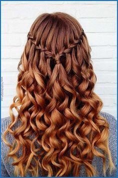 Pin By Haar Und Frisur On Frisuren In 2020 Prom Hairstyles For Long Hair Down Hairstyles Hair Styles