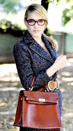 glasses + herringbone tweed + briefcase | Les Composantes