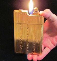 Evans Gold Banner Case Lighter 1940s Working Lighter Case Art Deco