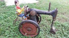 Too cute! Repurpose old sewing machine