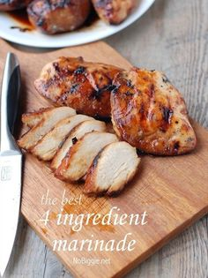 the best 4 ingredient chicken marinade: 1 cup brown sugar, 1 cup oil, cup soy sauce, cup vinegar. the best 4 ingredient chicken marinade: 1 cup brown sugar,… Best Chicken Marinade, Chicken Marinades, Grilled Chicken Recipes, Overnight Chicken Marinade, Vinegar Chicken Marinade, I Love Food, Good Food, Yummy Food, Tasty