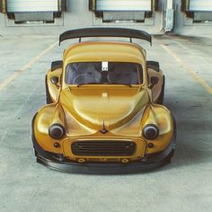 Best classic cars and more! T3 Vw, Volkswagen, Retro Cars, Vintage Cars, Classic Mini, Classic Cars, Supercars, Vw Cabrio, Morris Minor