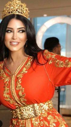 Caftan De Luxe, Robe Arabe, Modèle De Caftan, Caftan Moderne, Caftan  Marocain Pas Cher, Caftan Marocain 2017, Djellaba Marocaine, Mariée  Marocaine, ... 7e94cafe24b8