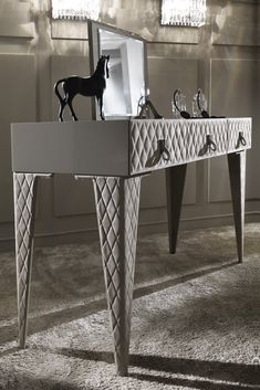Providing a sumptuous focus to any luxury dressing room or bedroom. Discover the High End Luxury Italian Quilted Nubuck Dressing Table at Juliettes Interiors. Unmistakable handcrafted Italian style, glamour, and ultimately feminine, this gorgeous design has it all!