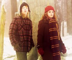 Ron and Hermione Harry Potter Parts, Harry Potter Groups, Harry Potter Tumblr, Outlook Express, Ron And Hermione, Prisoner Of Azkaban, All Is Well, Heart Melting, Girls Dream