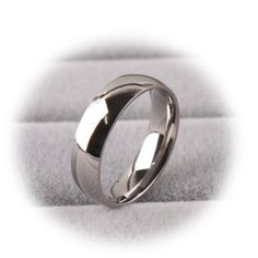 http://gemdivine.com/fashion-bulk-stainless-steel-rings-for-women-6mm-gold-silver-wedding-ring-female-online-buy-wholesale-cheap-rings-from-china/