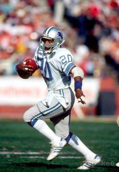 Billy Sims -my childhood hero Detroit Lions Football, Ou Football, Canadian Football, Detroit Sports, American Football, Football Players, Football Helmets, School Football, Human Body