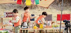 Triplets & Appa for KIA Carnival Minivan 2015. #삼둥이