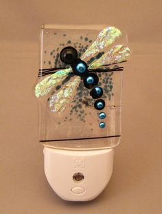 "Night Light - Dragonfly LED night light with silver-blue dichroic ""pearls"" (handmade fused glass)"