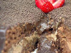 Receita de Bolo de Chocolate Recheado de Forno - Cyber Cook Receitas...