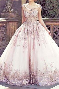 Solo mio vestido elegante de fiesta, pomposo, con tul rosado❤️