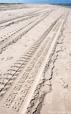 Poetische Reifenspuren auf der Watteninsel Vlieland  #Vlieland #Niederlande #Watteninsel #Strand