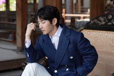 Lee Joongi, Lee Jun Ki, Moon Lovers, Joon Gi, Korean Actors, Suit Jacket, Singer, Model, Action