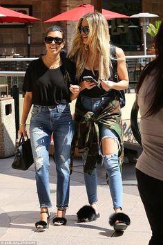 Kourtney and Khloe Kardashian wear matching outfits on merry-go-round Estilo Kardashian, Kardashian Style, Kardashian Jenner, Kourtney Kardashian, Kardashian Girls, Kylie Jenner, Mom Outfits, Simple Outfits, Fashion Outfits