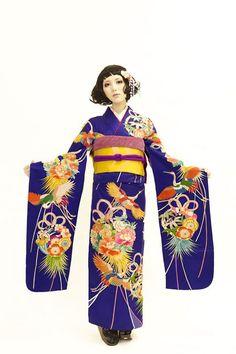 Gorgeous color ... #furisode #kimono