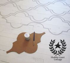 Painted hardwood Cottage Floor - cute stencil design. I could do this!