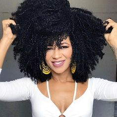 We are the Best and Largest Multi-Cultural & Ethnic Beauty Supply Distributor in the World! Jinny is the Largest Health and Beauty Aid Product Distributor in… 3c Natural Hair, Natural Hair Styles, Curly Crochet Hair Styles, Curly Hair Styles, Cabello Natural 3c, Big Afro, Beautiful Black Hair, Pelo Afro, Afro Textured Hair