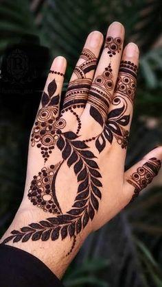Circle Mehndi Designs, Modern Henna Designs, Floral Henna Designs, Henna Tattoo Designs Simple, Legs Mehndi Design, Latest Bridal Mehndi Designs, Mehndi Designs 2018, Mehndi Designs Book, Mehndi Design Pictures