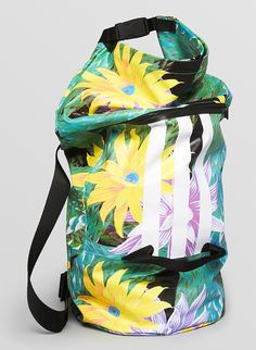 Adidas Y 3 Beach Floral Convertible Backpack and Duffel picture 3da33b9df7939