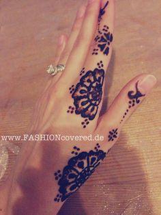 Henna Tattoo Style